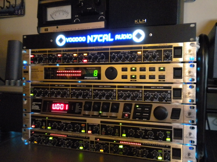 Here's the old N7CAL Voodoo Rack!